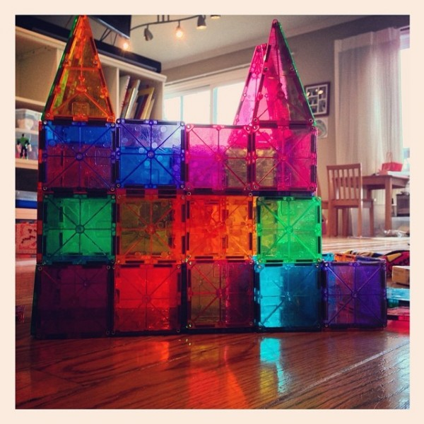 Building Blocks for Kids Magna Tiles Masterpiece Castle