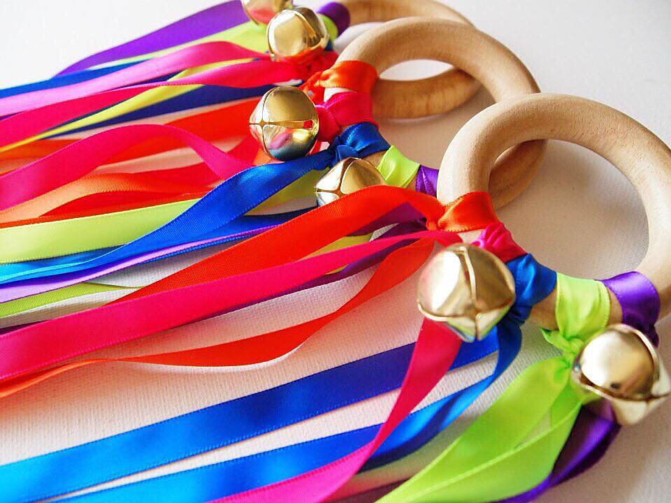 30 Days 30 Ways to Connect with Your Kids Dancing Ribbons DAY5