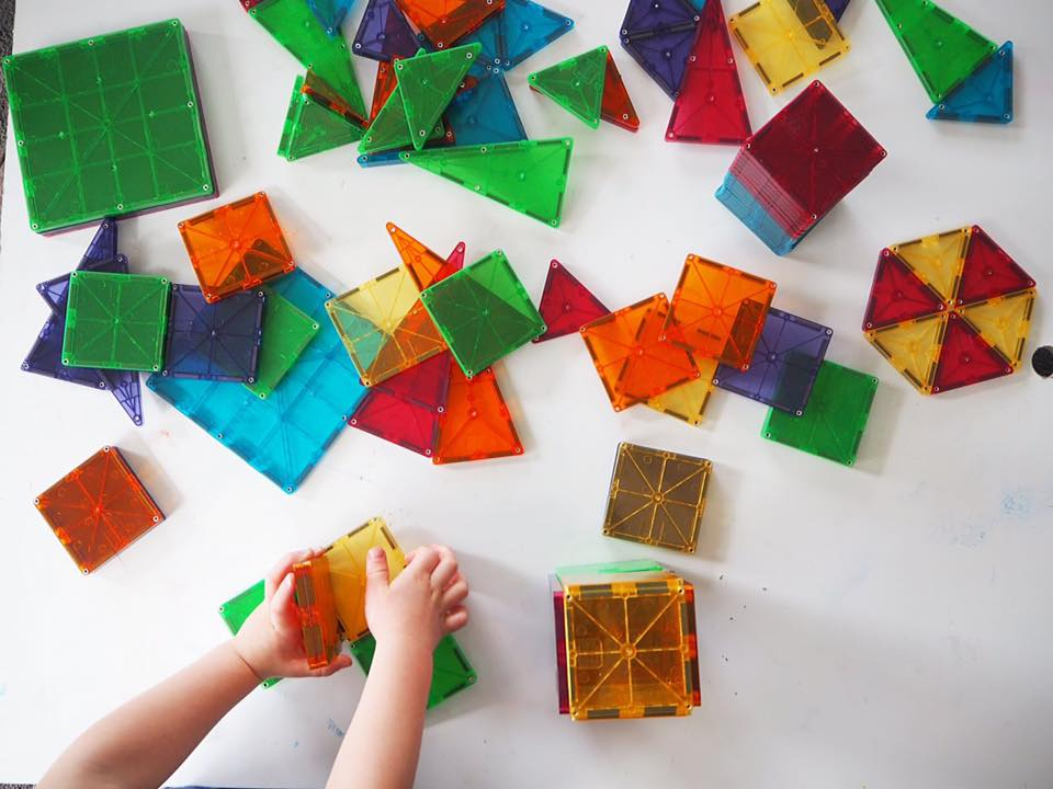 30 Days 30 Ways to Connect with your Kids Magna Tiles DAY7