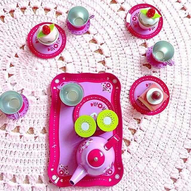 Non-candy-easter-basket-idea-tea-set-for-kids