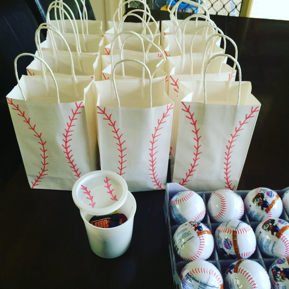 Baseball ball treat bag ideas from Finlee and Me