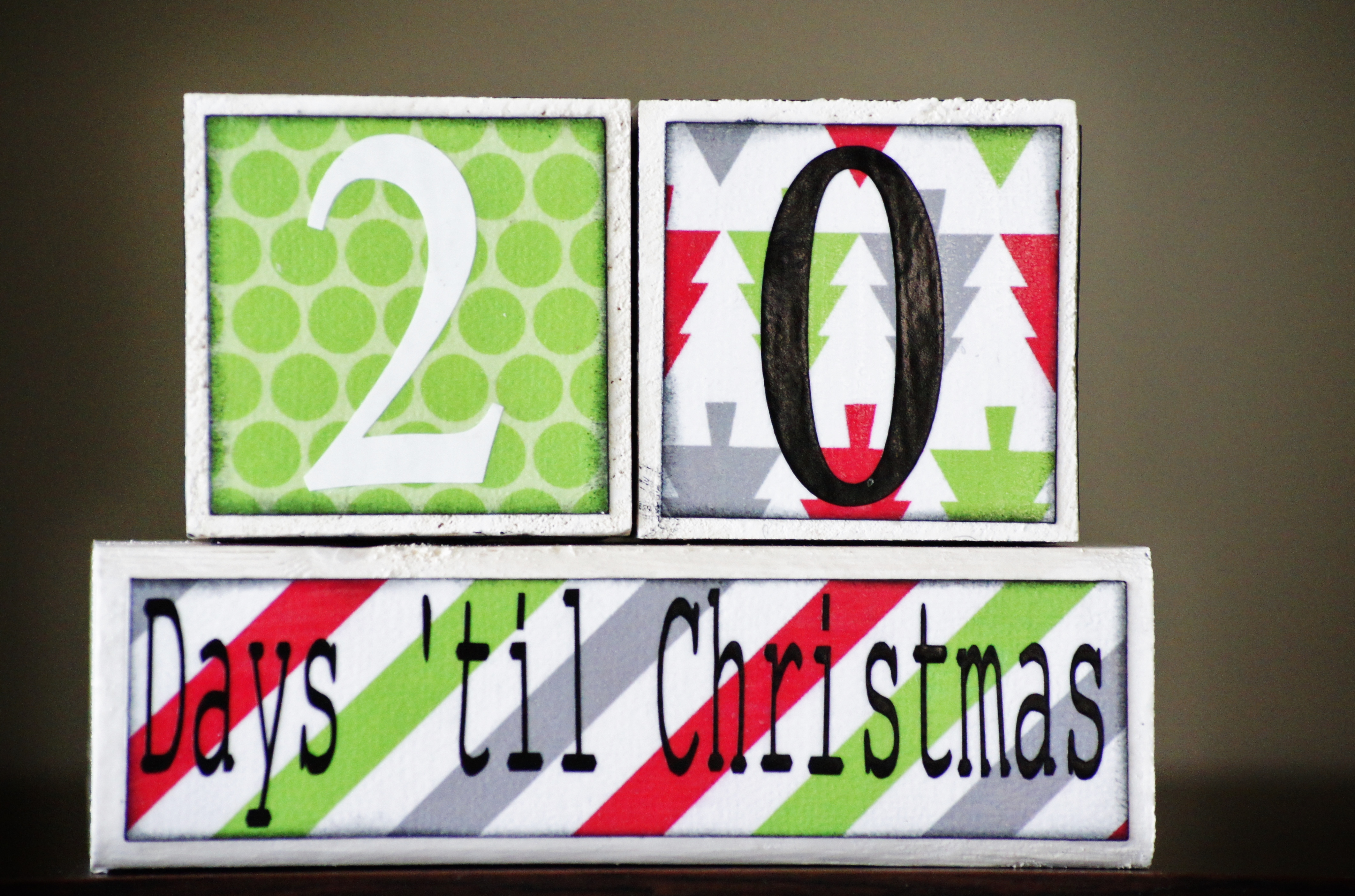 christmas-countdown-blocks-bright