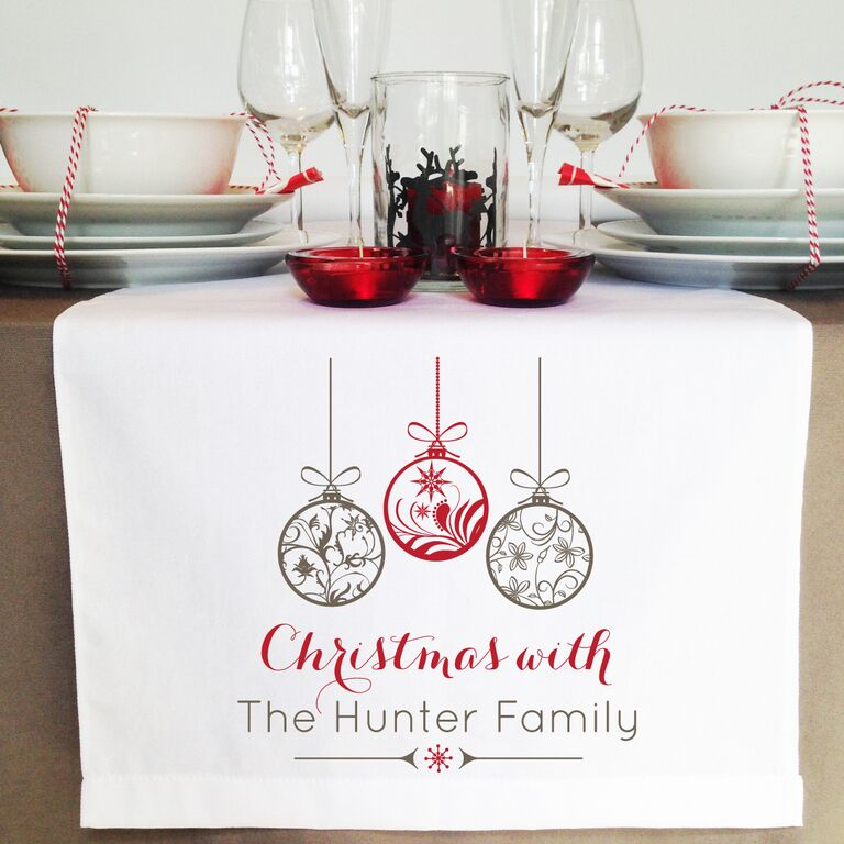ornaments-table-runner