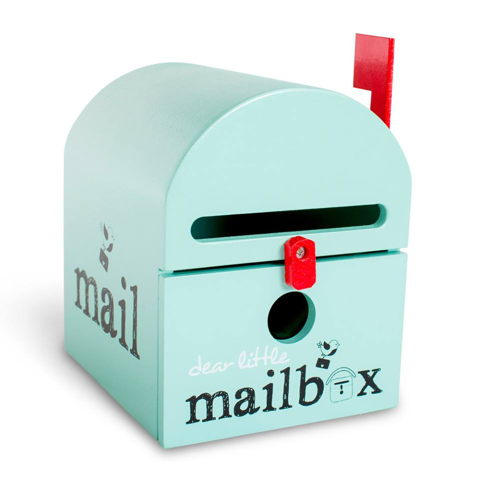 wooden-green-mailbox-for-kids
