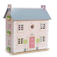 Finlee and Me – Wooden Dolls Houses – Le Toy Van Kids Dollhouse {Bay Tree House}