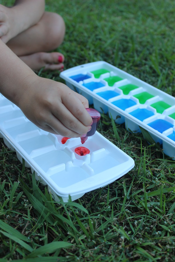 ice cube painting learn colours with Finlee and Me